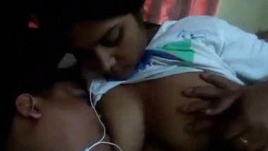 Bangladeshi Couple nipple sucking NewLeak