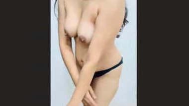 Beautiful Bhabhi Nude Exposed