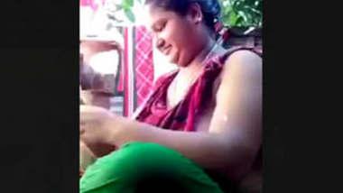 Bangladeshi Bigboob Married Village Bhabi Bathing Video For Hubby