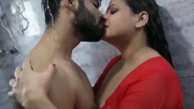 Bhabi bathroom fucking scane