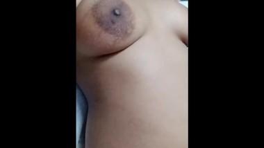 bhabhi masturbating her black pussy and cumming hard