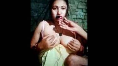 Desi Mature lady 2 clips part 2