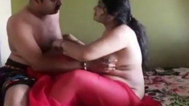 Desi girlfriends pussy fuck at home