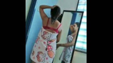 Gorgeous Desi GF with a Perfect Body leaked 5 videos part 4