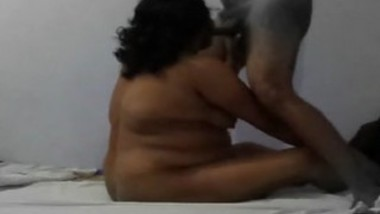 Big Boobs Desi Aunty Sucking and Playing With Cock