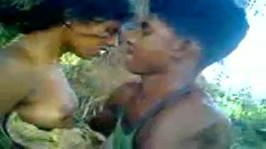 Tamil Nadu young college girl outdoor sex with bf leaked online