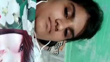 Desi collage girl showing her big boobs selfie cam video