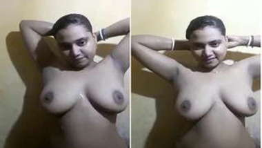 Natural Indian girl with massive XXX hooters washes herself on camera