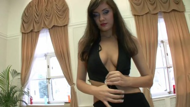 Faye Russian Tee nAss Reaming (HD). video2porn2