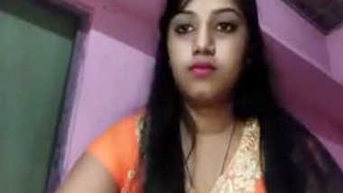 Indian aunty is so kind that shares naked beauty with online viewers