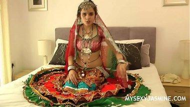 Jasmine Mathur Porn Devi From Gujarat In Traditional Indian Garba Dress Stripping Naked
