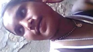 Desi aunty nacked video recording