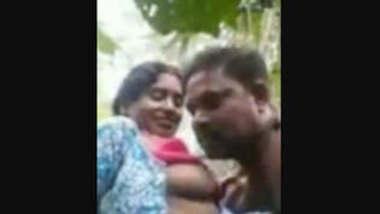 Desi village couple sex in jungle recorded