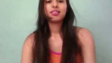 college beauty chandini self recorded leaked mms