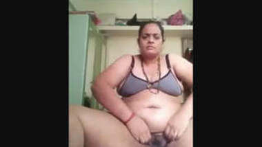 Horny Desi Bhabhi Boobs Sucking and Fingering 6 Clips Marge