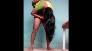 Voluptuous Mallu Wife enjoys Standing69 with...