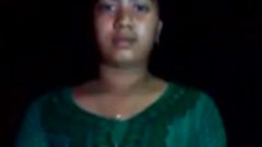 Sri Lanakan Girl - 1