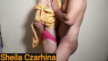 Cheating wife pinay kinantot habang nasa trabaho ang asawa