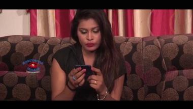 inclip.net | Beautiful Tamil Aunty Cute Bhabhi...