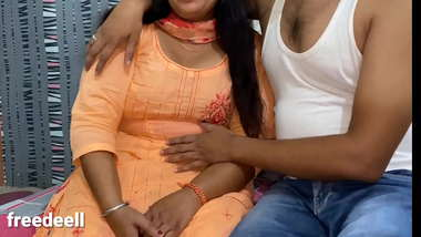 Behan Ki Best Friend ko Pataya XXX Hindi